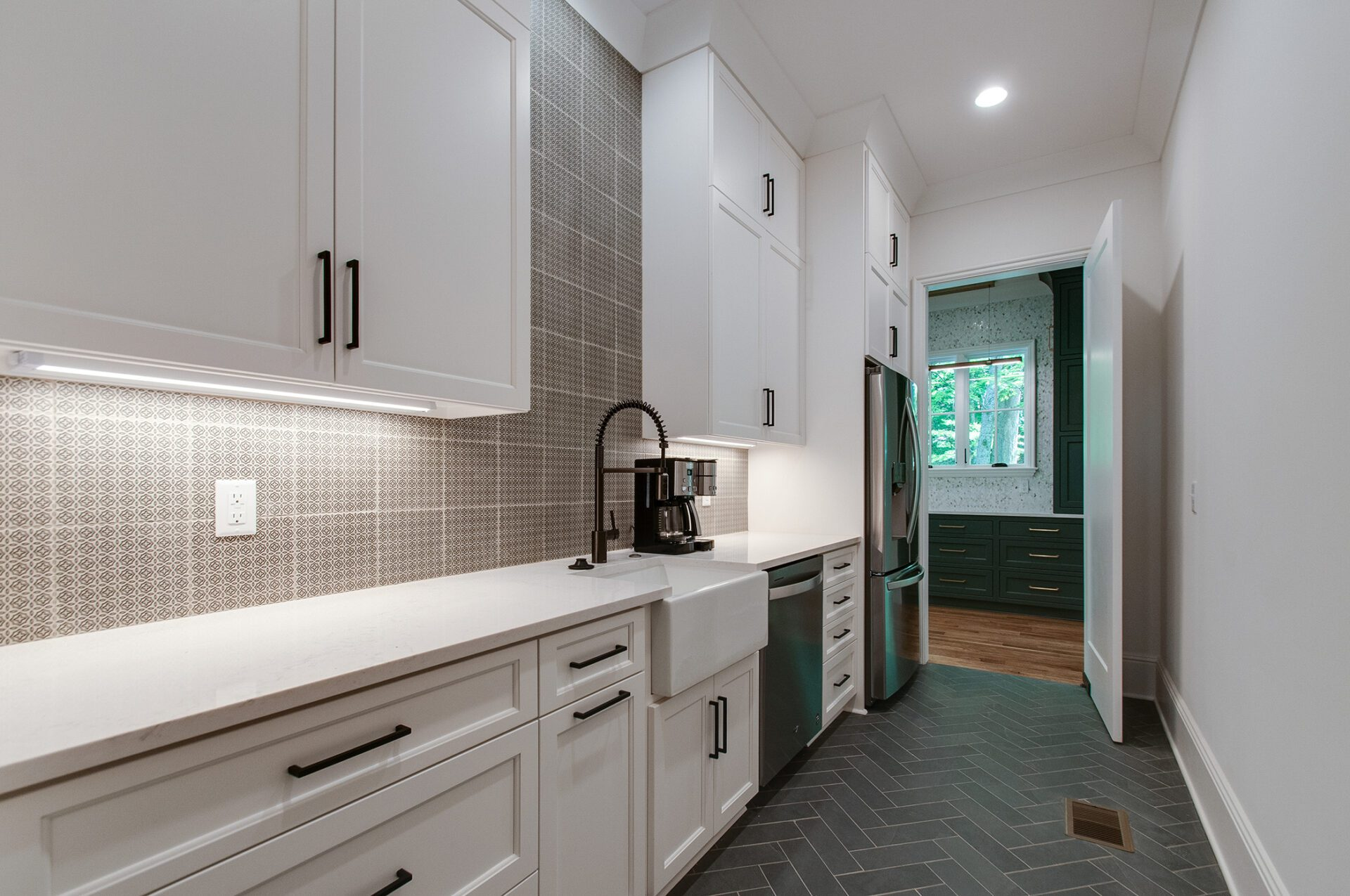 newly renovated kitchen for happy customer by donnelly timmons